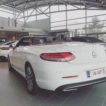 @ttnordic_fi: Kesä tulee ☀️ Olisiko tässä kesä auto sinun makuusi? Mercedes-Benz C 180 Cabriolet hyvillä varusteilla nyt TsushoAUTO Suomenojan pisteestämme #mercedesbenz #ccabriolet #avoauto #mb #premiumselection #tsushoauto #ttnordic