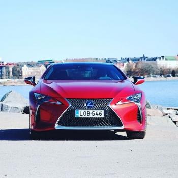 @tsushoauto: Tämä auto ei paljon esittelyjä kaipaa.  Lexus LC 500h Sport+ ➡️ https://www.tsushoauto.fi/vaihtoautot/lob-546.html  #lexus #lexuslc #lexuslc500h #lexuscars #tsushoauto #helsinki