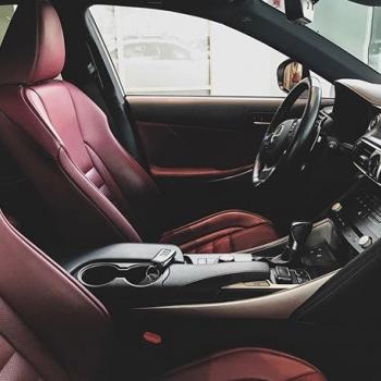 @toyotakaivoksela: Lexus IS 300h F Sport 0108518400 | TsushoAUTO  #lexus#lexusis#hybridiauto#lexushybrid#hybridcar#lexussuomi#lexusfinland#fsport#isfsport#lexussociety#toyotakaivoksela#tsushoauto#ttnordic