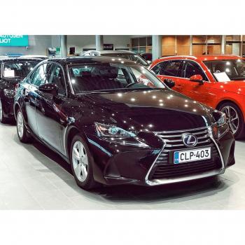 @tsushoauto: Lexus IS 300h 0108518430 | www.tsushoauto.fi  #lexus#lexusis#lexusis300#lexusis300h#lexussuomi#lexusfinland#hybridcar#hybridiauto#autoliike#espoo#tsushoauto