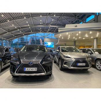 @tsushoauto: Lexus NX, kumman värin sinä valitsisit ⚫️⚪️? Tutustu laajaan Lexus-vaihtoautovalikoimaamme kotisivuillamme www.tsushoauto.fi  #lexus #lexusnx #lexusnx300h #lexusnx300 #lexusenthusiast #nx300h #lexusclub #clublexus #vaihtoauto #autoliike #autolikeinstagram #tsushoauto #tsusho