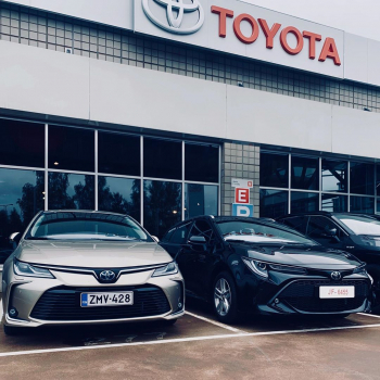 Toyota Corolla - Suomen suosituin hybridi.   Meiltä nyt huippueduin⚡️Valitessasi Toyota Corolla Touring Sports 1.8 Hybri...